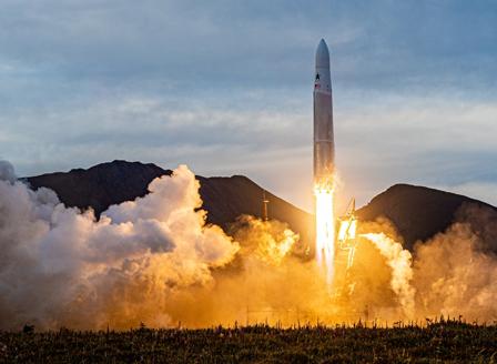 SpaceX тества прототип на кораб, предназначен за полети до Марс
