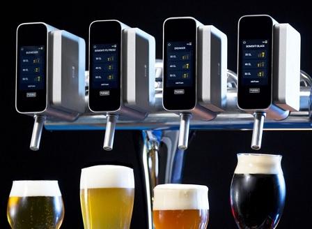 Изкуствен интелект вече приготвя и бира