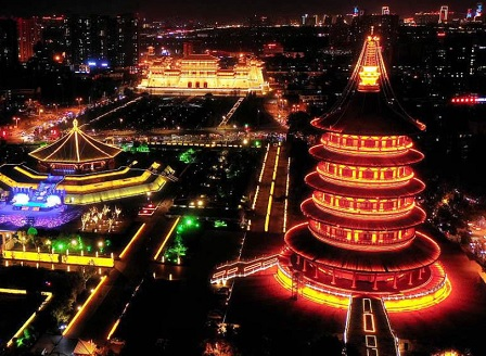 Светлинни шоу програми в Китай отбелязаха Националния празник на страната