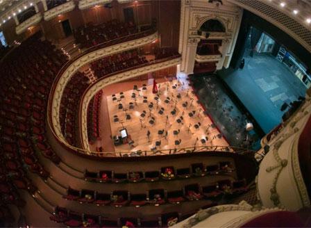 Софийската опера открива сезона с преустроена зала заради пандемията