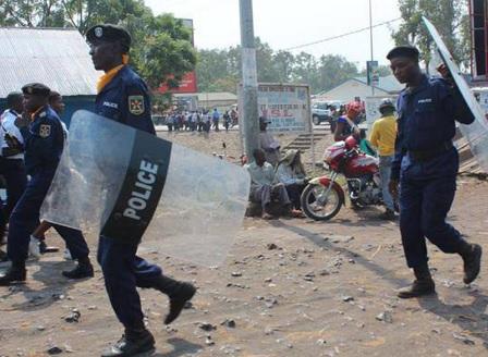 Избягаха 900 престъпници и терористи от затвор в Конго