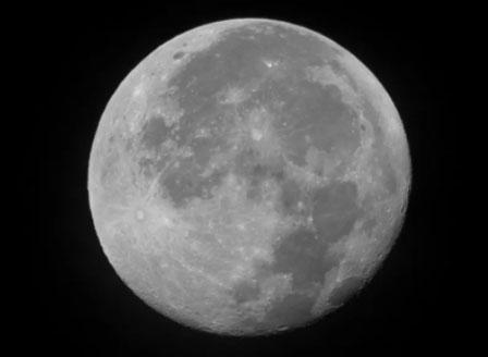 НАСА потвърди за наличието на вода на Луната