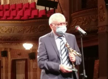 Марин Янев с награда ИКАР за изключителен принос към театъра
