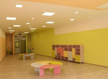 Отварят детски градини за децата на медици в COVID-отделения