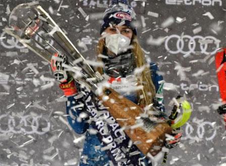 Шифрин спечели своя подиум номер 100 с победа на слалома във Флахау