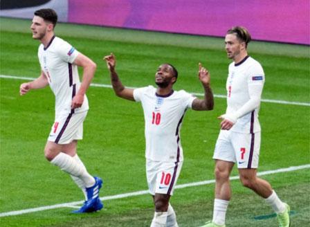 Англия, Хърватия и Чехия се класираха за осминафиналите
