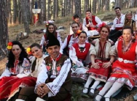 13-тият фестивал на народната носия започна в Жеравна