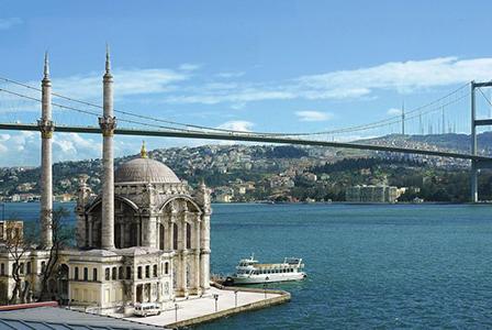 Строят изкуствен полуостров в Истанбул