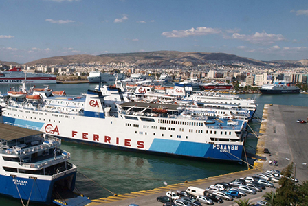 Над 4000 мигранти  стигнаха до континентална Гърция за една нощ