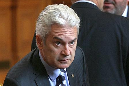 Парламентарна комисия решава дали да свали имунитета на Сидеров