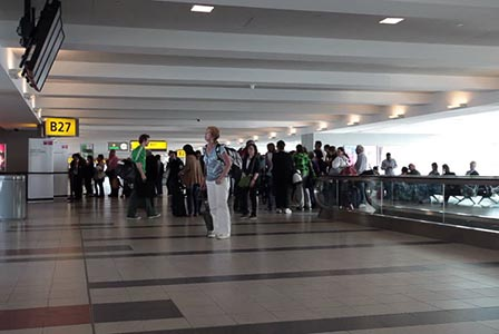 Военен с разклатена психика застреля петима на международното летище във Флорида