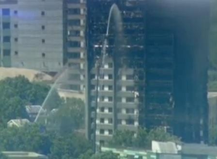 Двама българи са потърсили помощ от посолството ни в Лондон във връзка с пожара