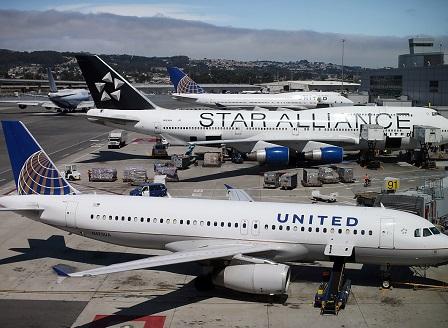 САЩ затягат контрола за визите и въвеждат нови правила за полетите