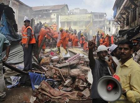 Жилищна сграда се срути в Мумбай