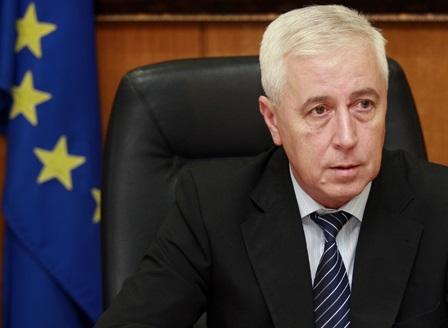 Здравният министър Николай Петров подаде оставка