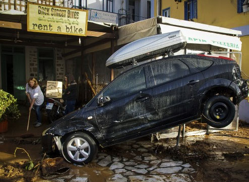 наводнение, жертви, Атина  новини