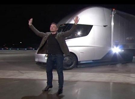 Тесла с първия електрически камион
