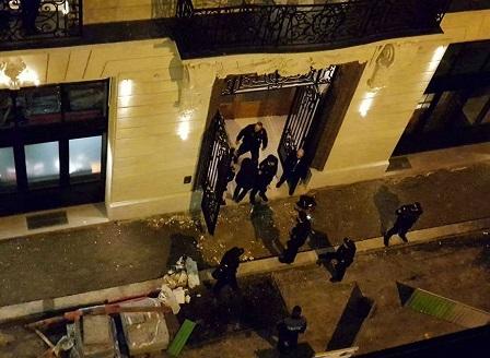 Френската полиция откри част от бижутата, откраднати от хотел Риц