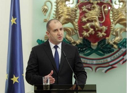 Радев с критики към правителството и парламента в отчета за първата му година като президент