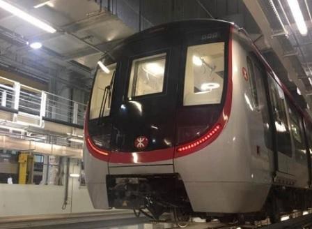 Китайска компания пуска нов безпилотен влак