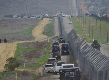 Тръмп изпраща Националната гвардия по границата с Мексико