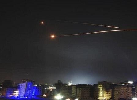 Израелски удари срещу военната инфраструктура на Иран в Сирия