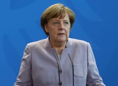 Меркел заяви, че едностранното оттегляне на САЩ от ядреното споразумение с Иран подкопава доверието в световния ред