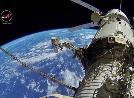 Роскомос ще покрие Земята със сателитен интернет