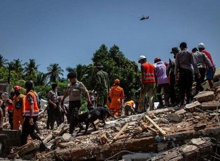 Вторичен трус на индонезийския остров Ломбок