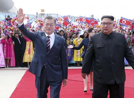 Първата среща между корейските лидери
