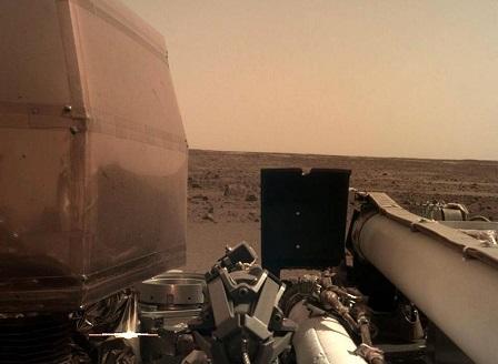 НАСА потвърди успешното кацане на Марс