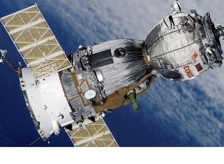 Корабът Союз се отдели от МКС и пое към Земята
