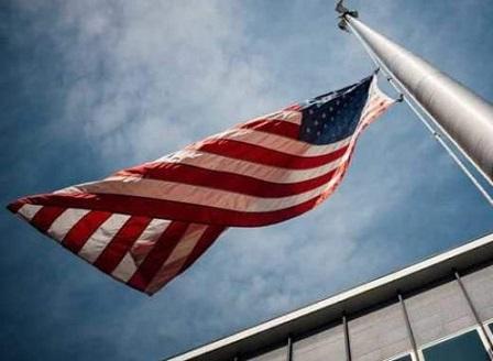 Камарата на представителите в САЩ одобри бюджет без средства за стена по границата с Мексико