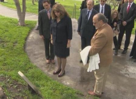 Вицепрезидентът откри в САЩ две плочи за спасяването на българските евреи