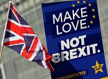 Петиция с над 900 000 подписа призовава за отмяна на Брекзит