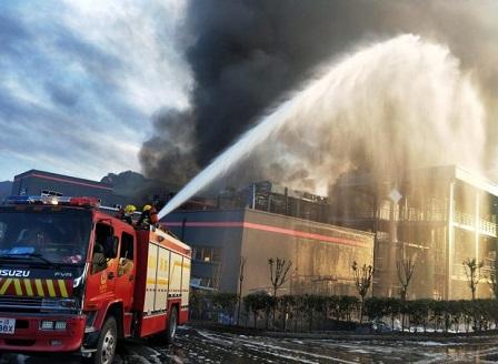 Расте броят на жертвите на взрива в химически завод в Китай