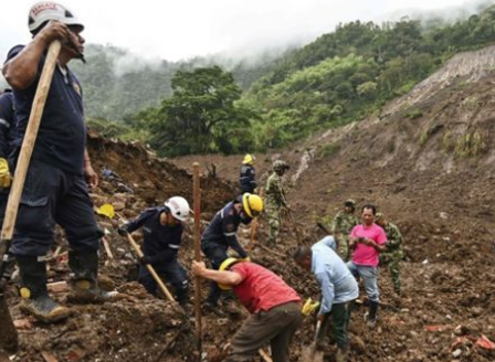 Десетки загинали при кално свлачище в Колумбия