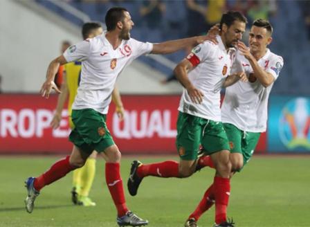 Наказват България за мача с Англия за расизъм срещу Косово