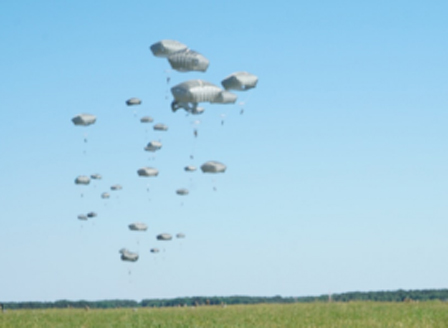 Канадски парашутист е загинал при военните учения на летище Чешнегирово