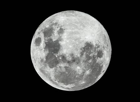 Индия се готви за втората си лунна мисия