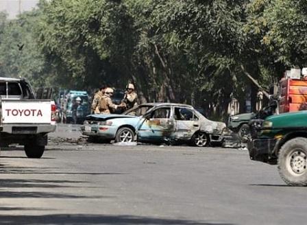 Взрив до университет в Кабул взе 8 жертви