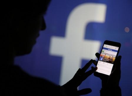 Изтекли телефоните на 400 млн. потребители на Facebook