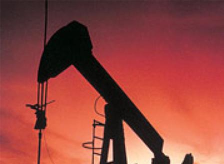 Петролът поскъпна с 15% след атаката срещу рафинерии в Саудитска Арабия