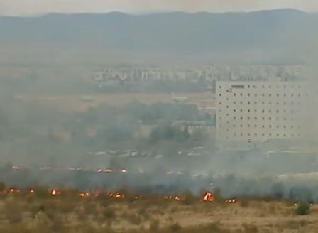 Пожар край Летище София