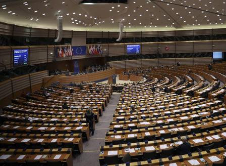 Европарламентът отказа да изтегли пакета