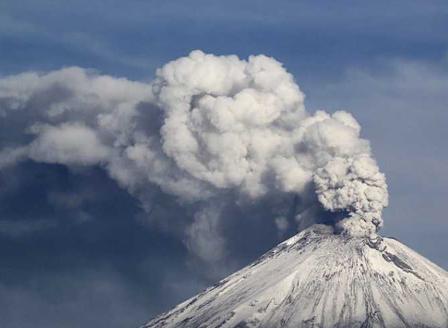 Изригна вулканът Попокатепетъл