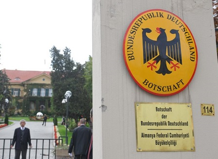 Турция е задържала адвоката на германското посолство по подозрения в шпионаж