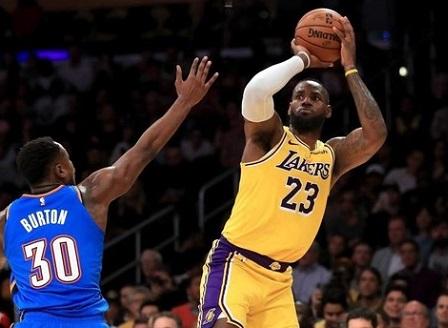 Леброн стана първият в историята с трипъл-дабъл срещу всеки един отбор в НБА