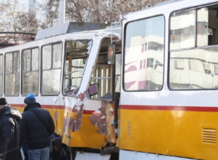 Продължава разследването на верижната трамвайна катастрофа в София
