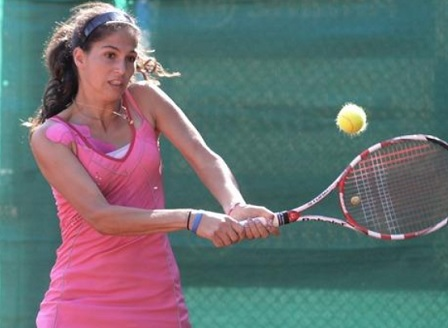 Изабелла Шиникова продължава на турнира в Кайро